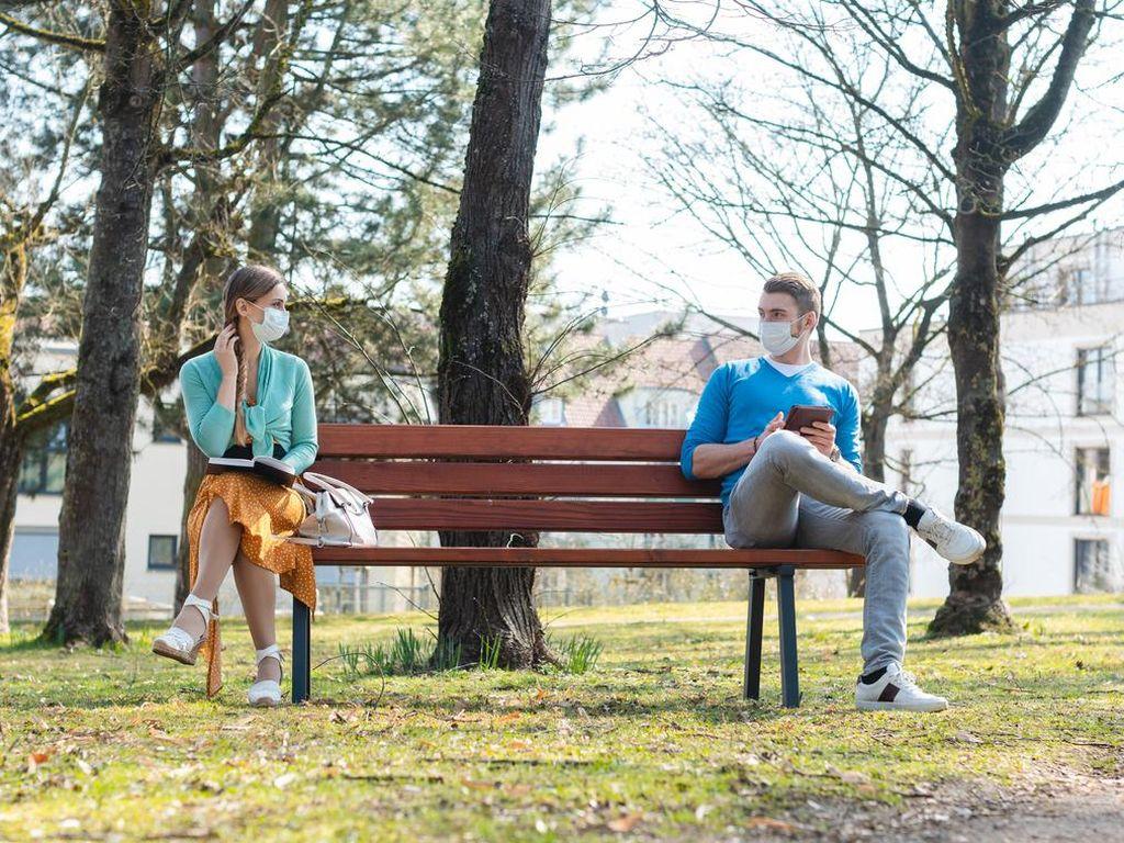 Ingat Jaga Jarak Saat di Taman Rekreasi, Agar Aman dari Virus Corona