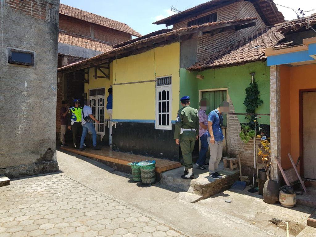 476.200 Rokok Ilegal Dibongkar Petugas di Jepara, Pemilik Masih Diburu