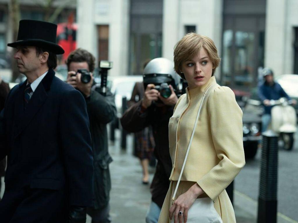 Di Balik The Crown, Serial Drama Terbaik Tahun Ini