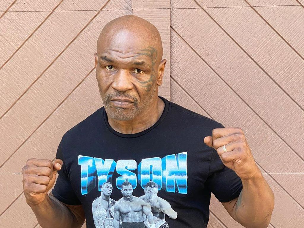 Mike Tyson Main Dulu Sama Burung Merpati Sebelum Naik Ring Lagi