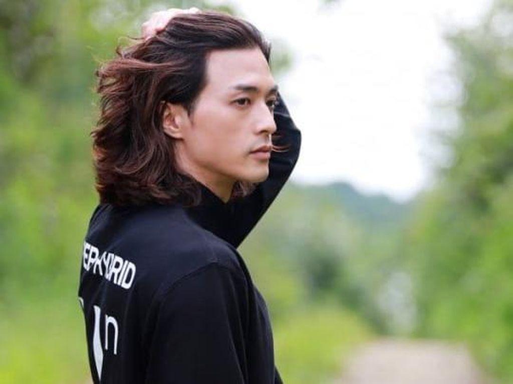Pesona Kim Ji Hun, Aktor Gondrong Pemeran Psikopat di Flower of Evil
