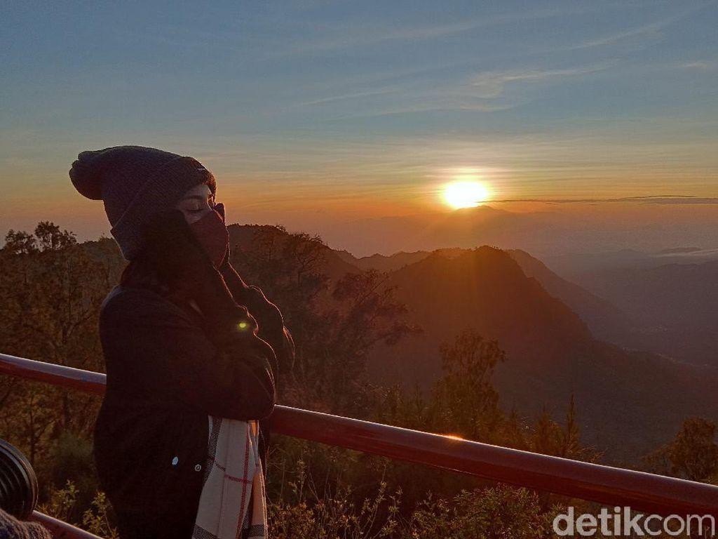 Yuk Nikmati Sunrise Penanjakan Bromo, Kuota Dinaikkan 40 Persen!