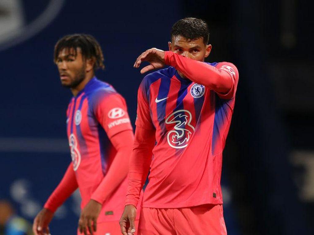 Thiago Silva Belum Lancar Inggrisnya, Bek Chelsea Sulit Berkomunikasi