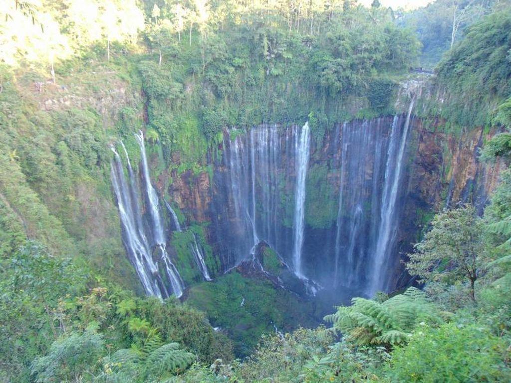 Konon, Air Terjun Ini Dikatakan Paling Indah di Pulau Jawa