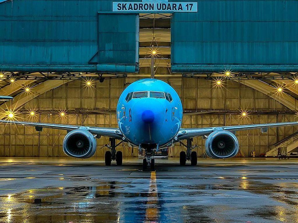 Penularan Corona di Pesawat Sangat Rendah Ketimbang Kesambar Petir
