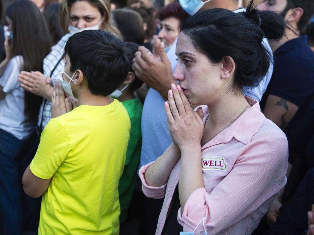 Umat Katolik Berdoa Agar Perang Armenia-Azerbaijan Berhenti