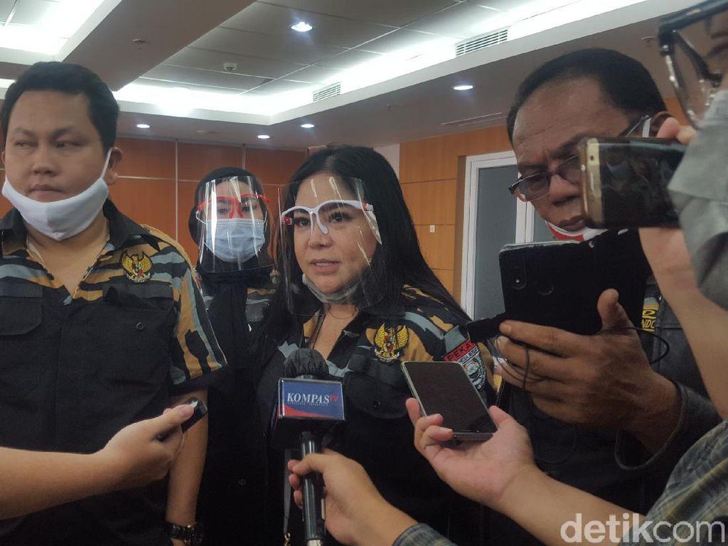 Video Annisa Bahar Ikut Demo di DPRD DKI: Cabut PSBB!