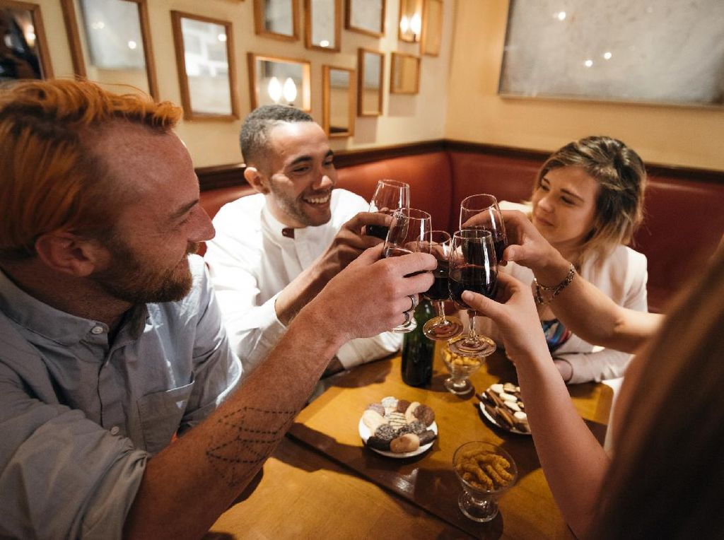 Kasus Corona di Paris Naik, Bar Paling Disorot