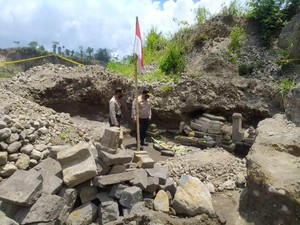 Batuan Candi Temuan Penambang Pasir Merapi Diperkirakan Seusia Borobudur