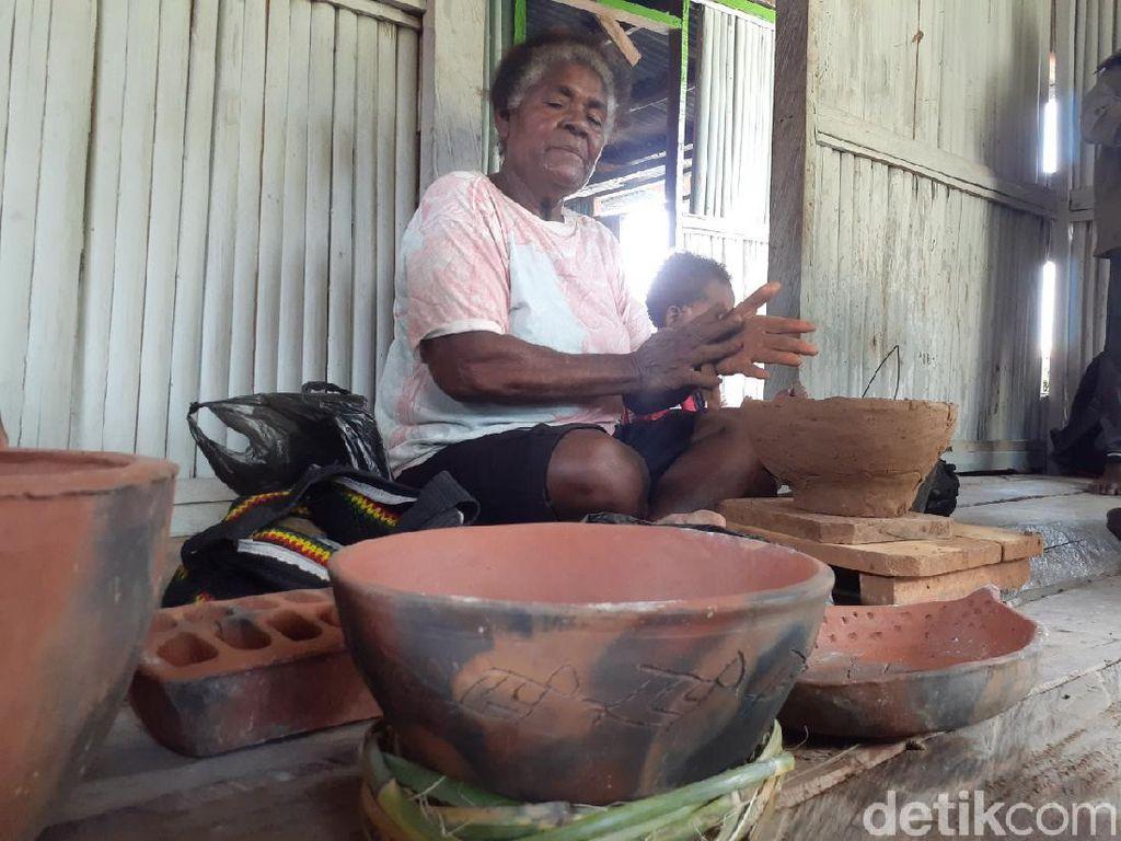 Foto: Abar, Kampung Perajin Gerabah Terakhir Papua