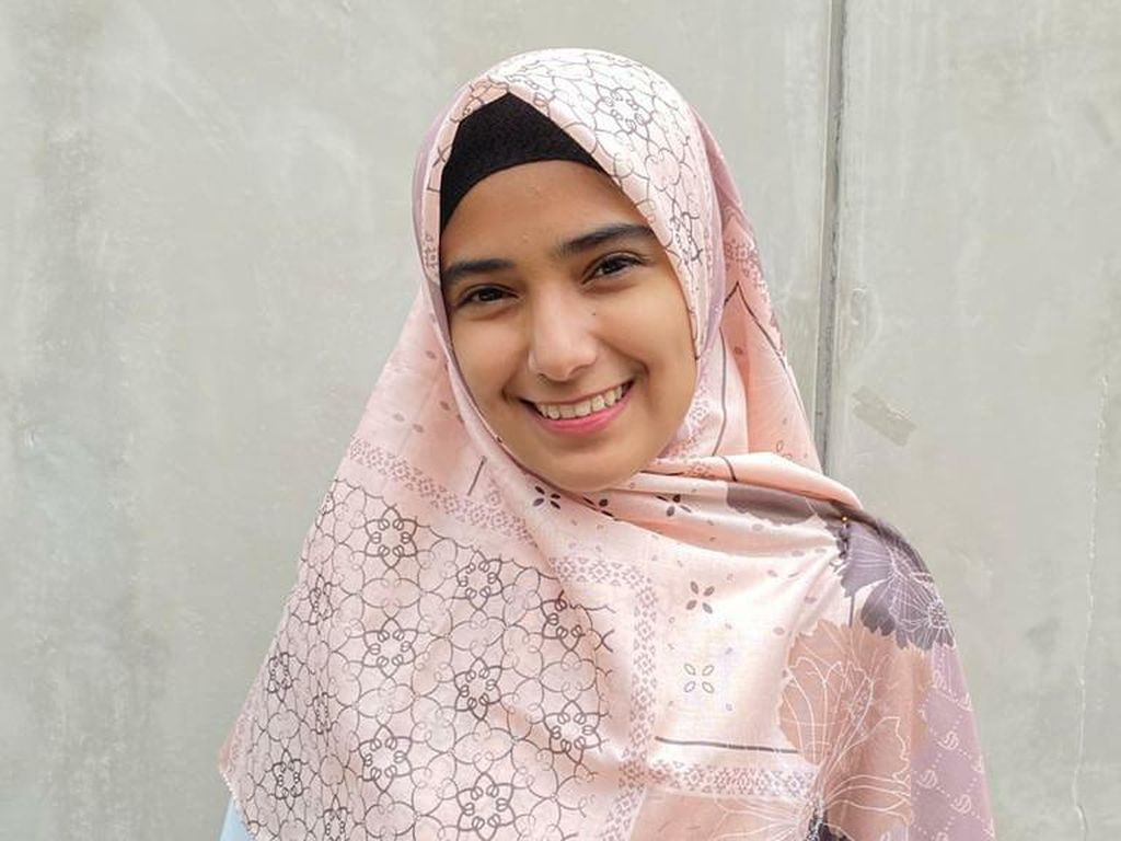 Nadya Mustika Minta Doa Terbaik untuk Masalah Rumah Tangganya