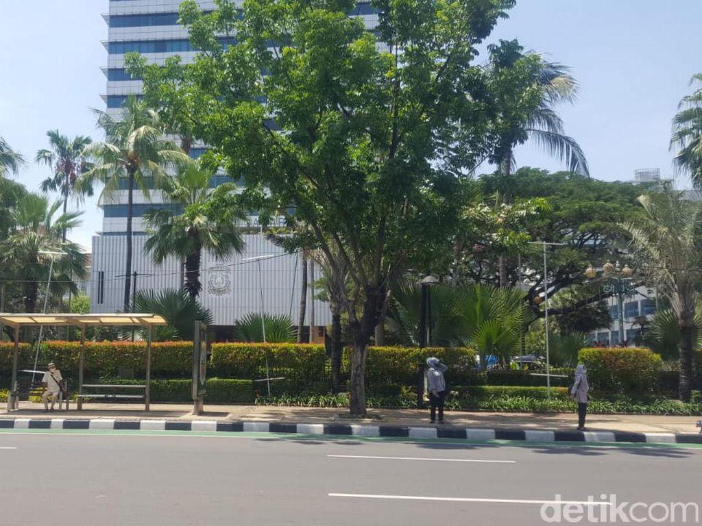 Pekerja Hiburan Malam Demo Anies-DPRD DKI Siang Ini, Tuntut PSBB Dicabut