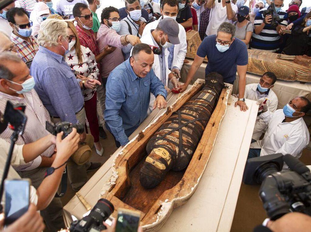 Ini Penampakan Puluhan Peti Mati Kuno yang Ditemukan di Mesir
