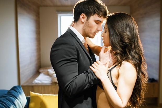 Hanya 26% pasangan yang melakukan seks rutin seminggu sekali. Sedangkan mayoritas responden melaporkan bahwa mereka melakukan seks hanya sekali atau dua kali sebulan, bahkan kurang!