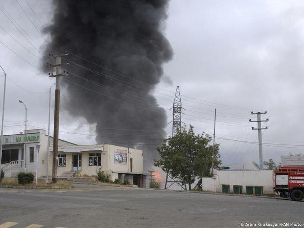 Serangan Rudal Tewaskan 12 Orang di Azerbaijan, Puluhan Luka-luka