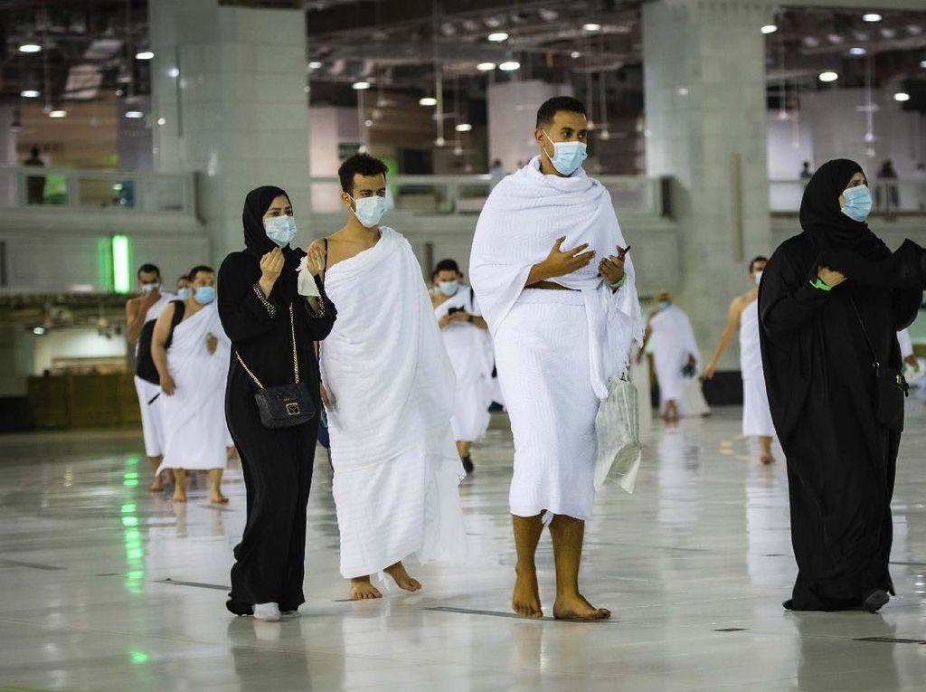 Alhamdulillah! 224 Jemaah Indonesia Tiba di Arab Saudi untuk Umroh