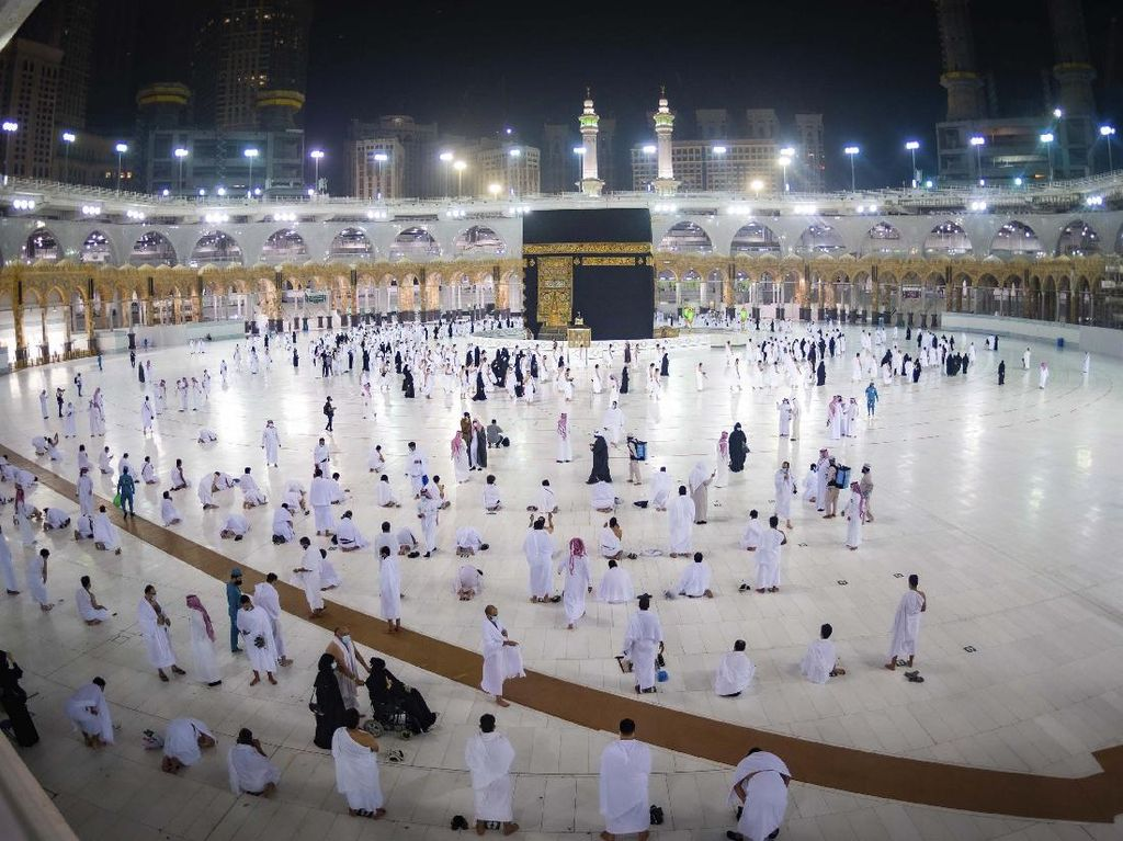 Tahap Kedua Dibuka, 250 Ribu Jamaah Diizinkan Umroh