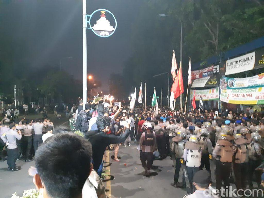 Polisi Dalami Keterlibatan Anarko di Aksi Ricuh Mahasiswa Serang