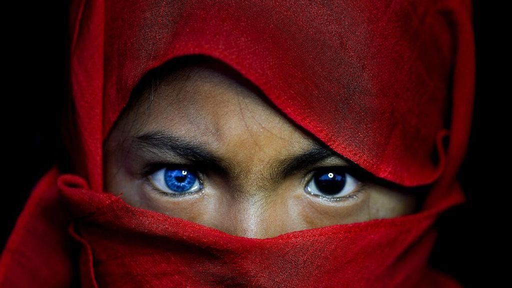 Mereka dari Suku-Suku di Sulawesi Tenggara yang Bermata Biru