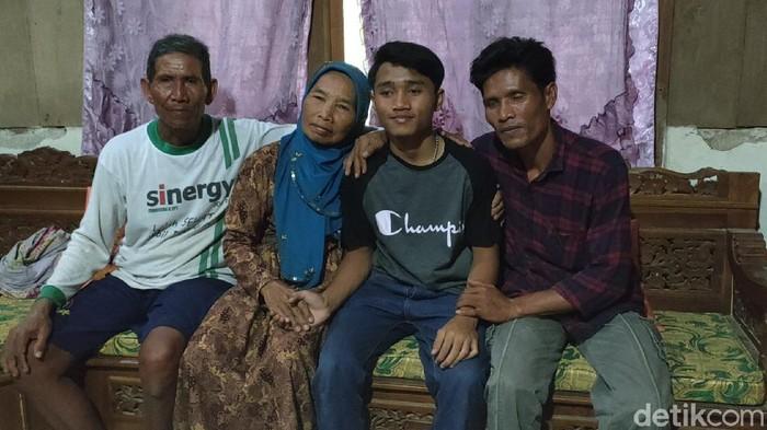 Google Street View ternyata membawa berkah bagi Evan Wahyu Anjasworo. Sempat hilang waktu berumur 5 tahun dan menjadi anak jalanan, akhirnya dia kembali bertemu keluarganya.