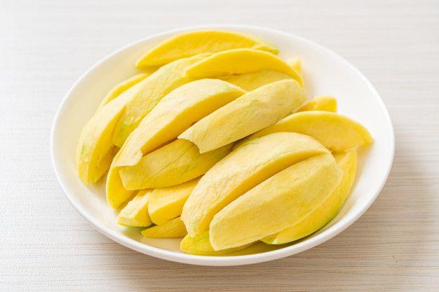 Cara mudah membuat manisan mangga muda.