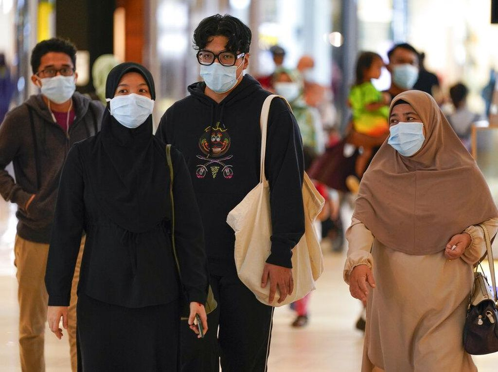 Kematian Corona di Malaysia Dekati Rekor, Wanita Mali Lahirkan Bayi Kembar 9