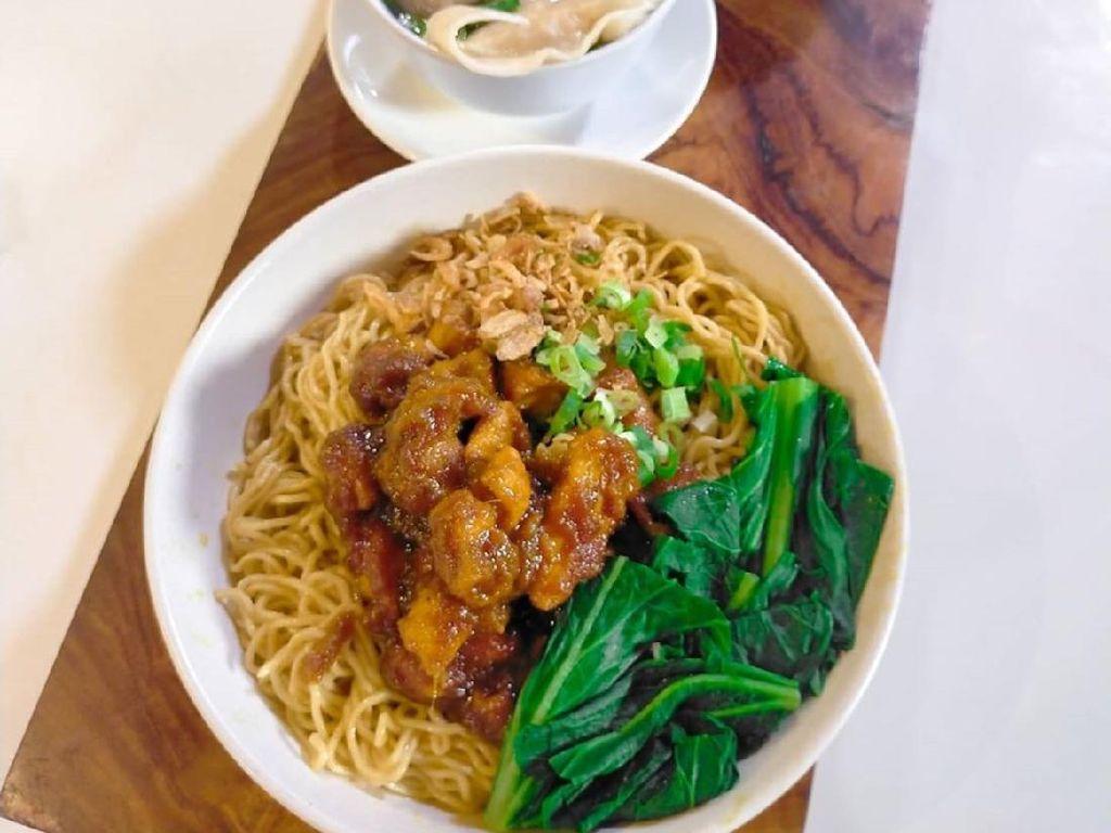 Masak Masak : Mie Ayam Bakso ala Abang-abang yang Mantap Bumbunya