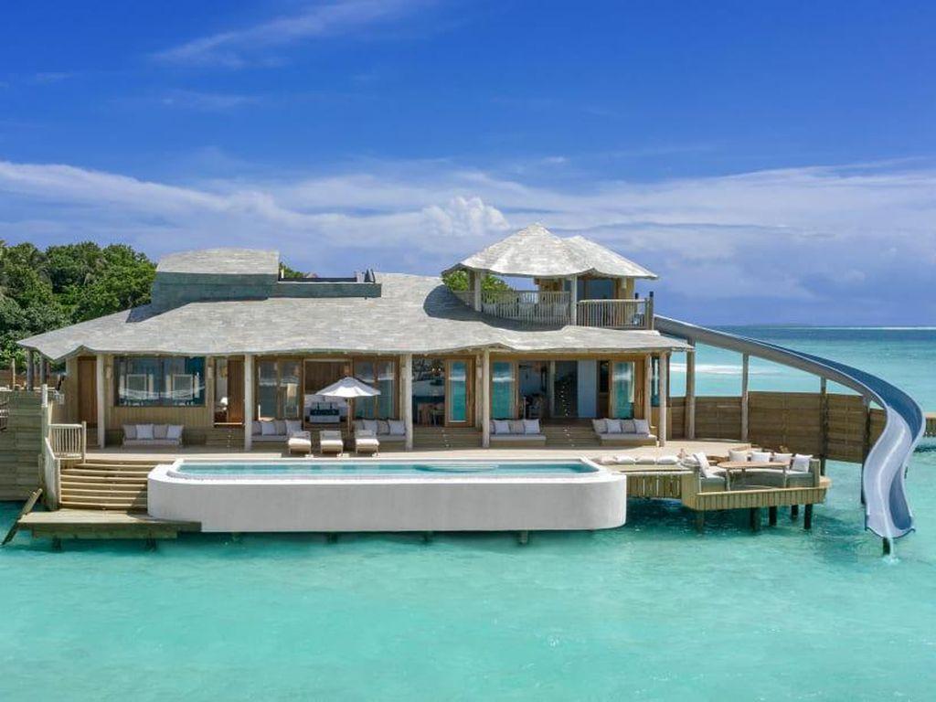 Maladewa Punya Vila Atas Air dengan Kamar Tidur Terbesar di Dunia