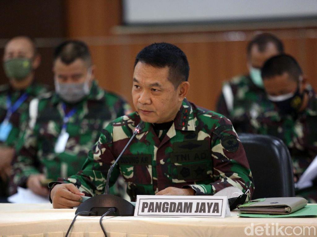 TNI Ganti Rugi Rp 828 Juta ke 120 Korban Perusakan Polsek Ciracas