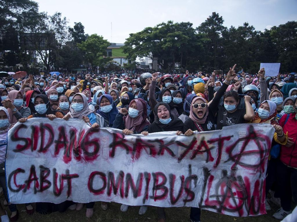 Mahasiswa Mau Demo Tolak Omnibus Law Besok ke Istana, Buruh Ikut?