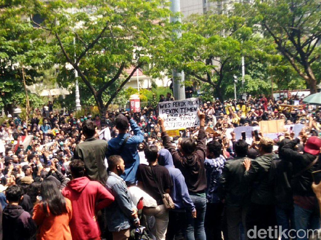 4 Tersangka Demo Rusuh di Semarang Ternyata Masih Maba