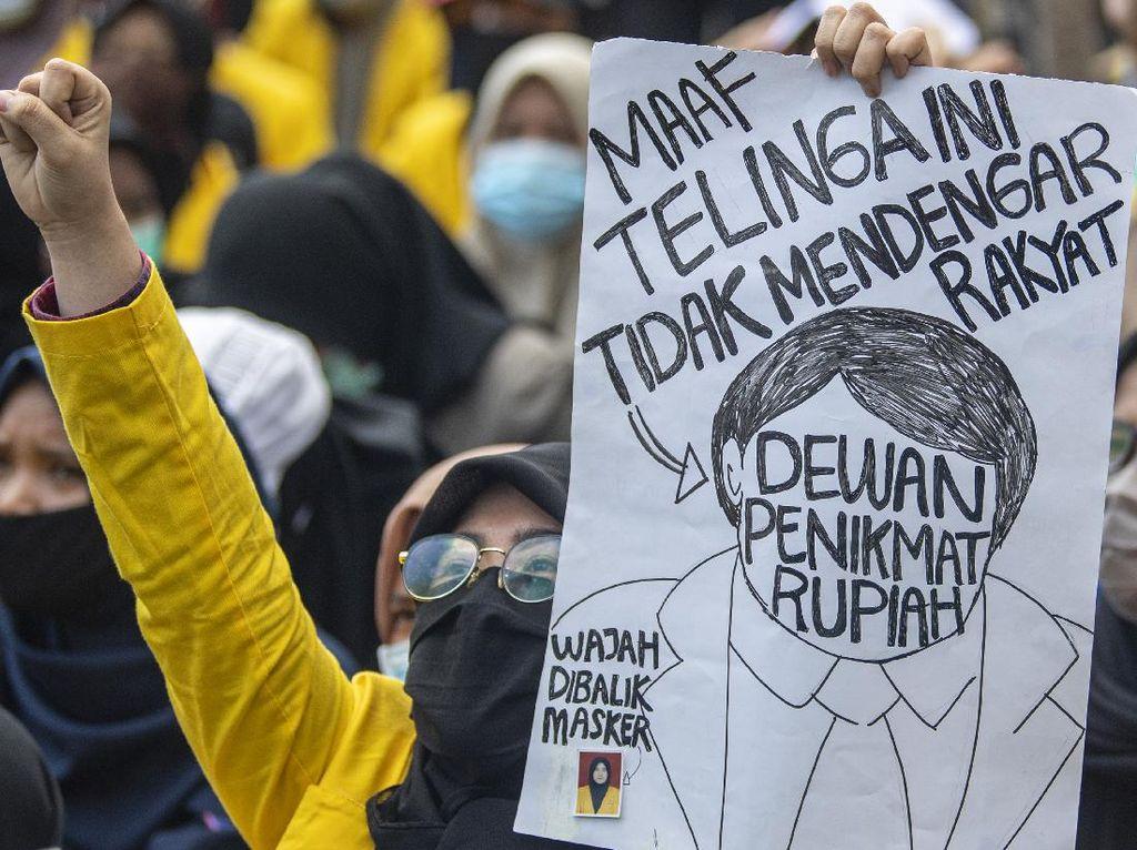 Demo Tolak Omnibus Law Berlanjut di Polda Sumsel dan Kantor Gubernur