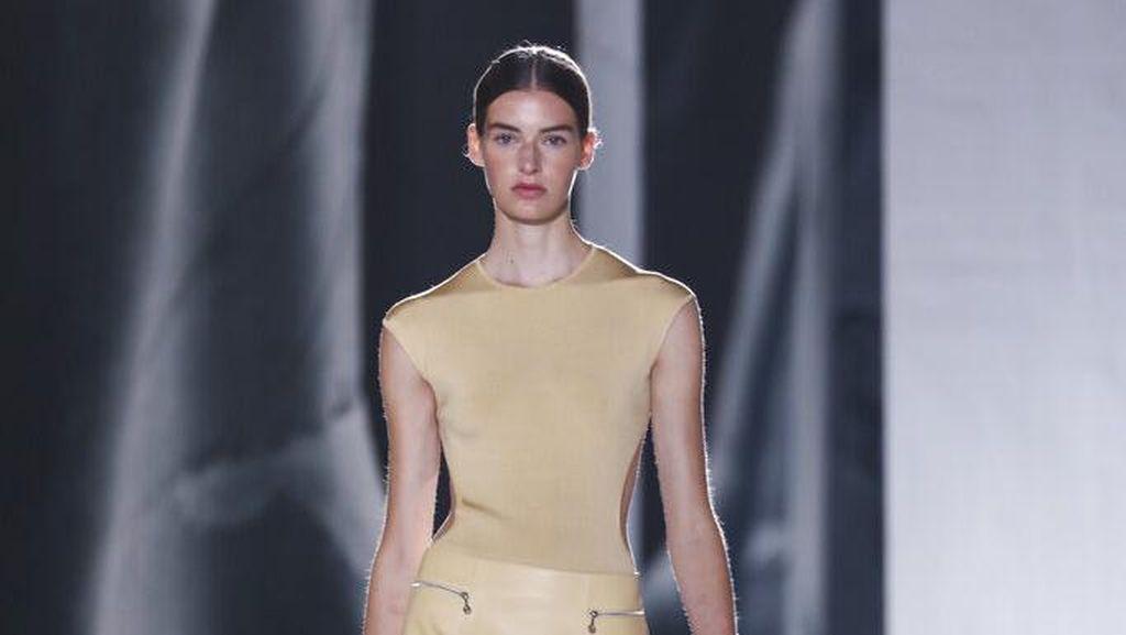 10 Koleksi Busana Terbaru Hermes di Paris Fashion Week 2020