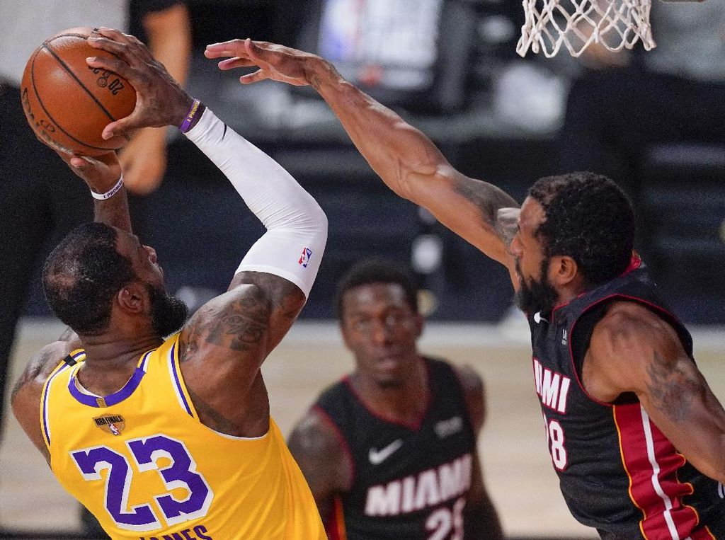 Video Kemenangan Dramatis Heat Atas Lakers di Final NBA