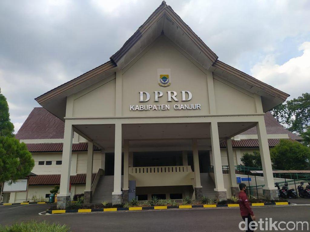Sopir Sekretaris DPRD Cianjur Positif COVID-19, 8 Orang Kontak Erat Diswab