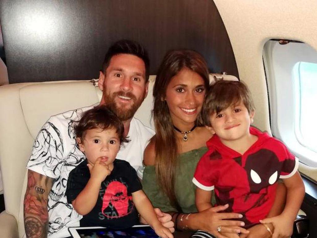 Lionel Messi Pinjamkan Jet Pribadinya untuk Dipakai Timnas Argentina