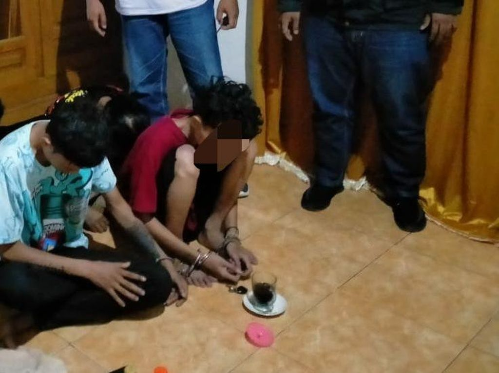 Empat Pengedar Pil Koplo Dibekuk di Nganjuk, Satu Masih Pelajar
