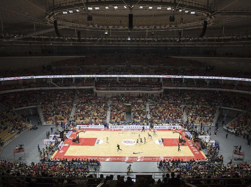 Dulunya RS Darurat COVID-19, Kini Arena Olahraga Wuhan Dipadati Warga