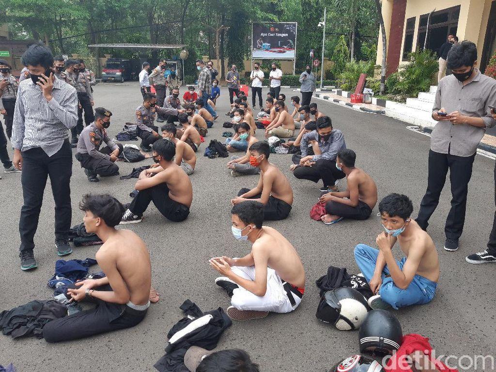 Ngaku Ikut-ikutan, 75 Pelajar Diamankan Saat Akan Ikut Demo di Banten