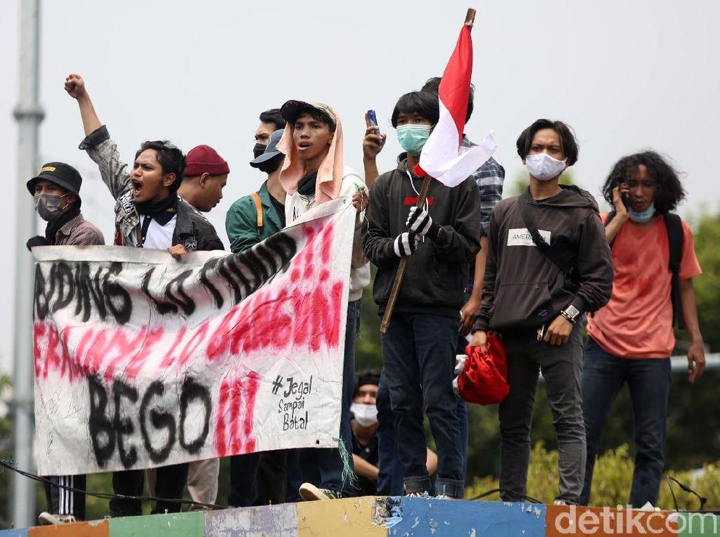 Untuk Jaga-jaga Demo Hari Ini di Jakarta, Cek Pantauan CCTV