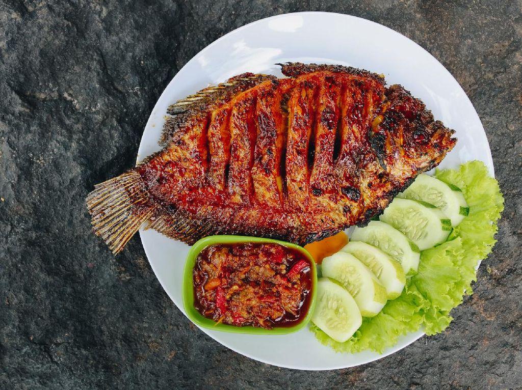 Resep Ikan Nila Bakar Pedas Manis yang Mantap Bumbunya