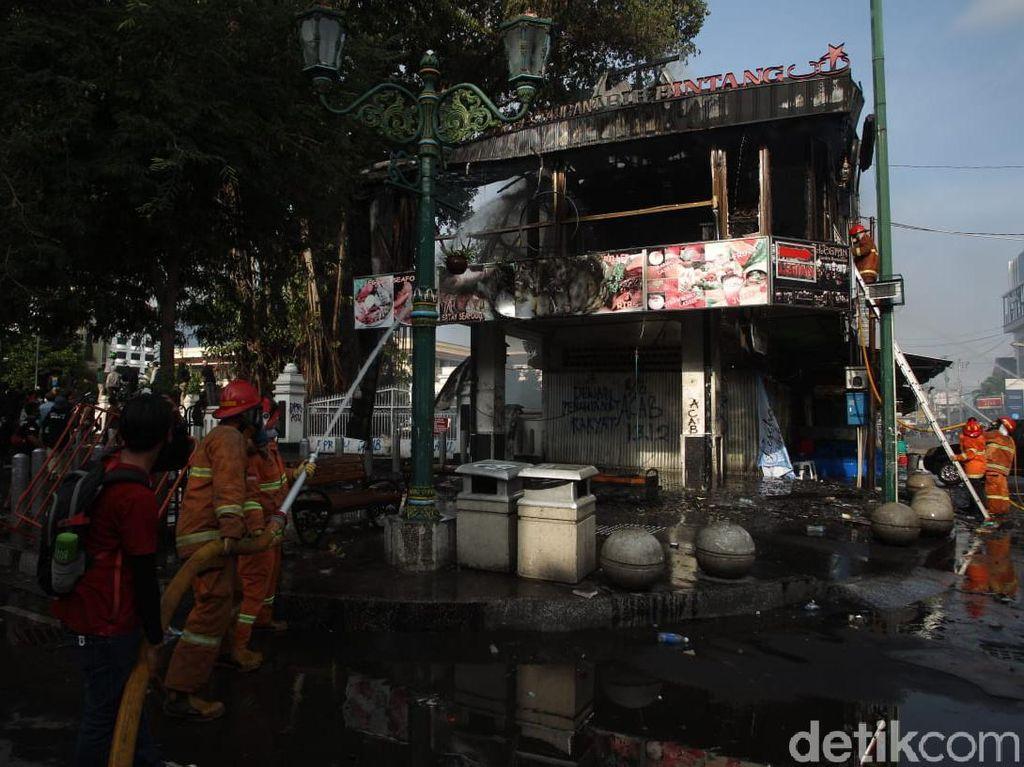 Polisi Temukan Molotov di Lantai Resto Legian Malioboro