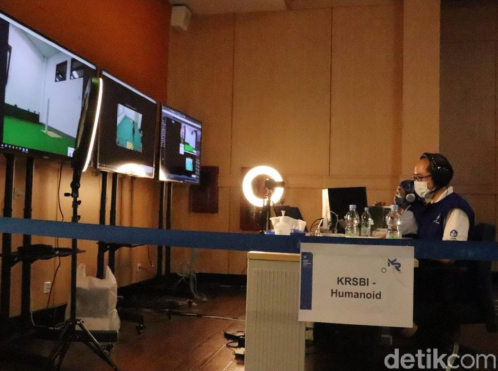 150 Tim Mahasiswa Bersaing di Ajang Kontes Robot Indonesia