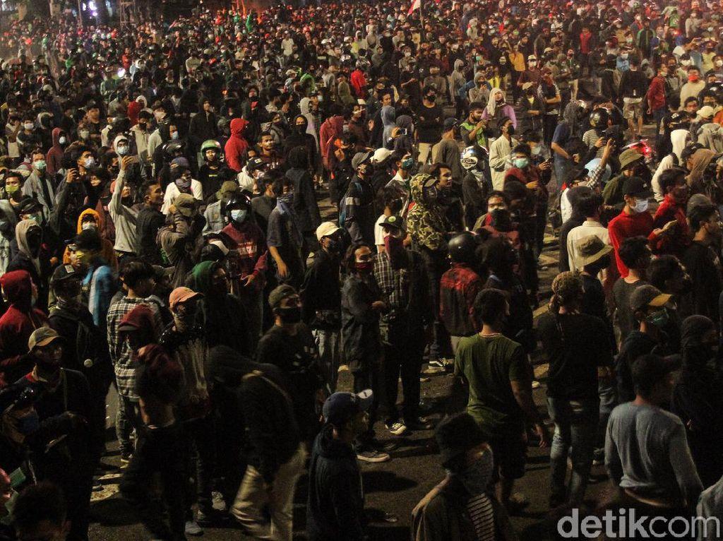 Demo Berpotensi Jadi Klaster Corona, IDI Minta Pemerintah Antisipasi