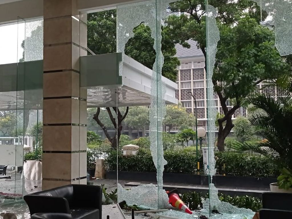 Polri: Pelaku Perusakan di Kantor Kementerian ESDM Juga Menjarah