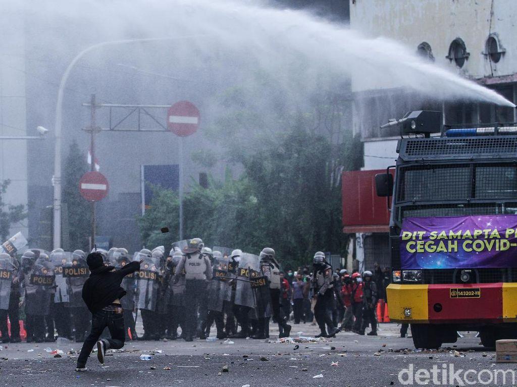 Polisi Beberkan Modus Admin Grup Medsos Perusuh Demo Omnibus Law