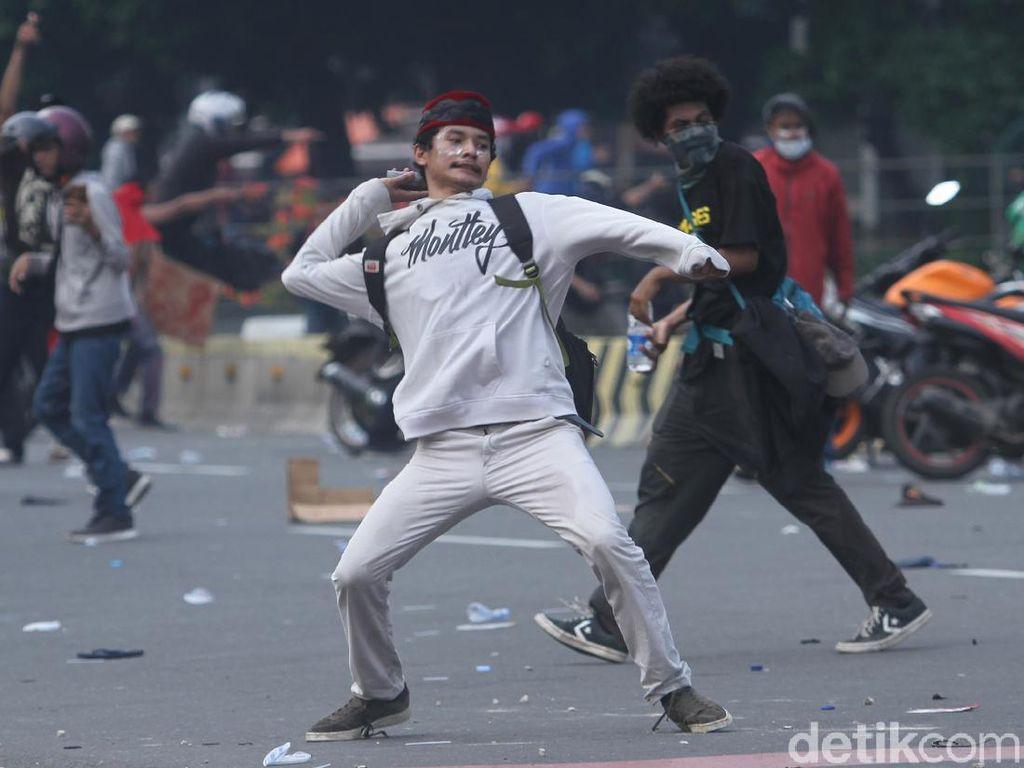 Wagub Riza Patria: Lebih dari 50 Persen Perusuh Demo Bukan Warga DKI