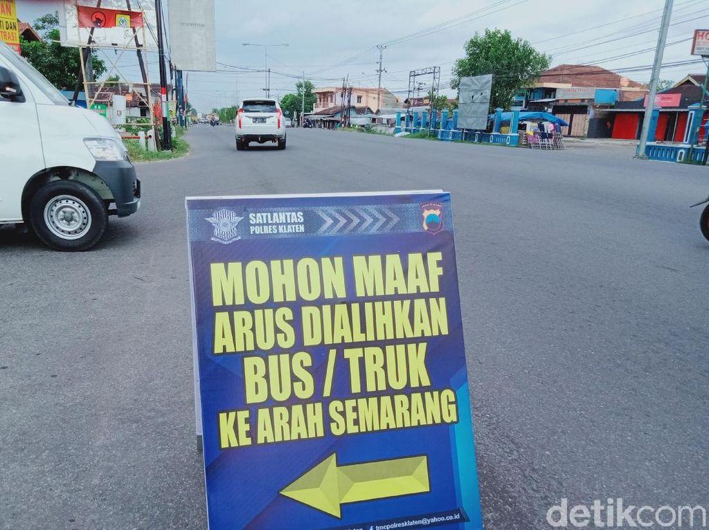 Ruas Jalan Yogya-Solo Klaten Dialihkan Gegara Demo Omnibus Law