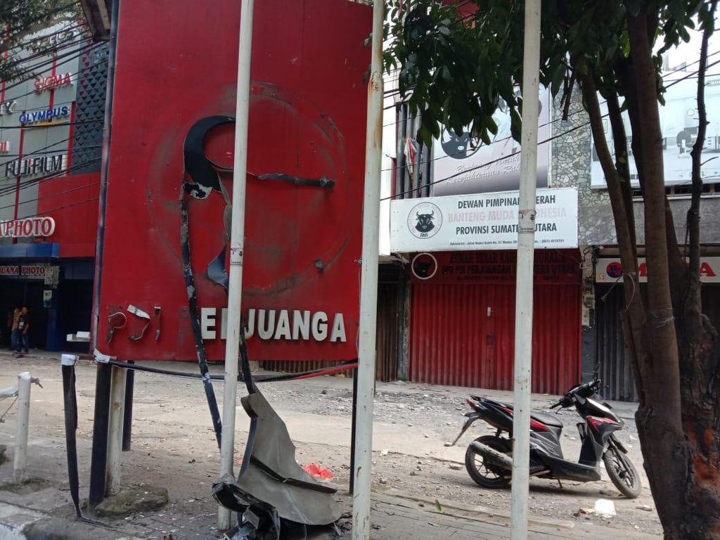 Djarot Kutuk Perusakan Plang PDIP di Medan: Melanggar Hukum!