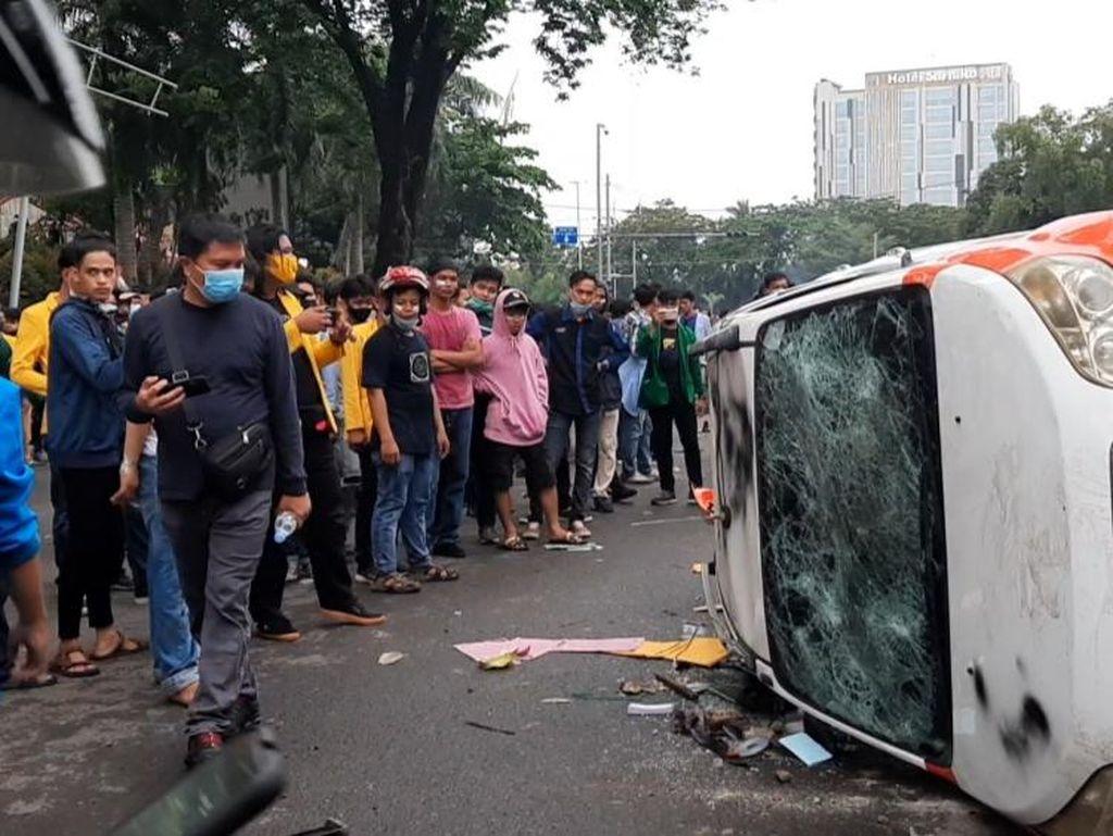 Lagi, 3 Perusak Mobil Dinas Polda Sumsel Saat Demo Omnibus Law Ditangkap
